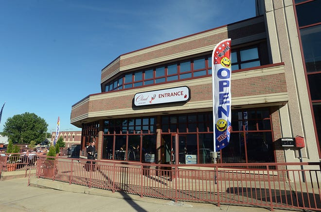 Cloud 9 Wine Bar & Restaurant in downtown Erie will close its doors until spring because of the effects of coronavirus health and business guidance.
