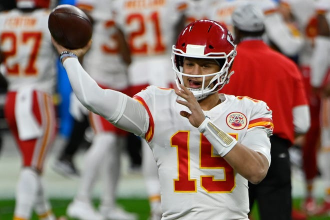 Kansas City Chiefs quarterback Patrick Mahomes warms up before last Sunday's game against the Las Vegas Raiders. Mahomes still is just 1-2 against Tom Brady, who now leads the Buccaneers, this week's opponent.