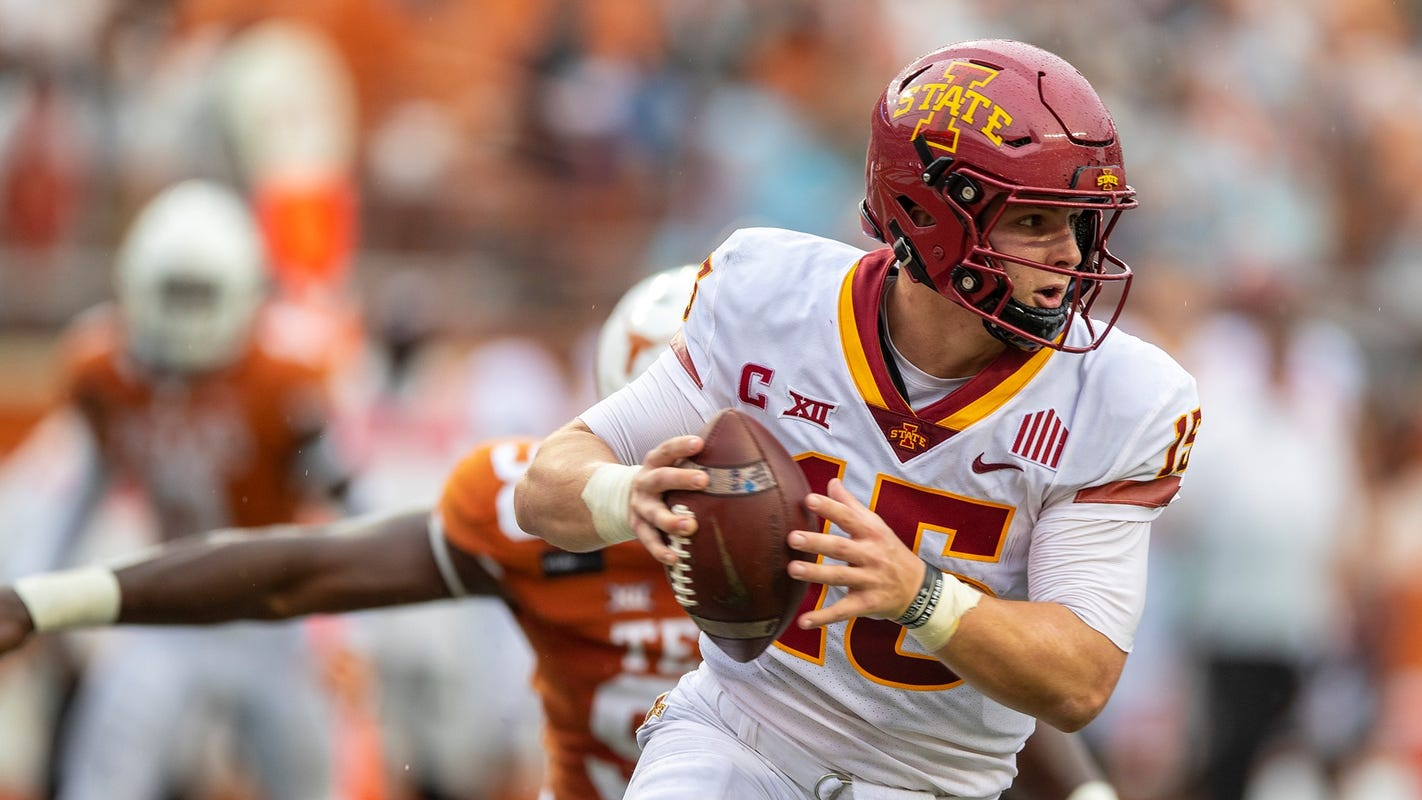 Peterson: Iowa State gets a victory for the ages at Texas, with Big 12 title game in view