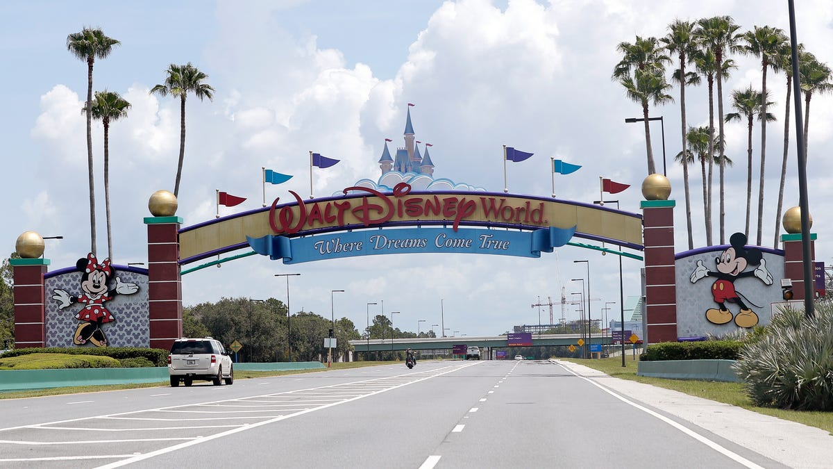 Florida theme parks loosen mask requirements as more people get vaccinated 2