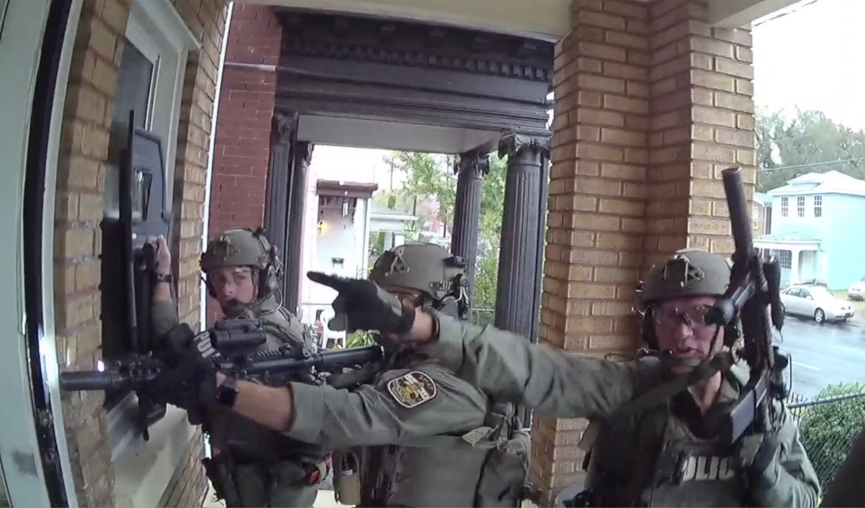 Louisville police body cam footage: SWAT team enters home