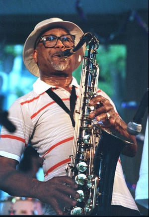 Herman Green performing during the 1995 Memphis Music & Heritage Festival.