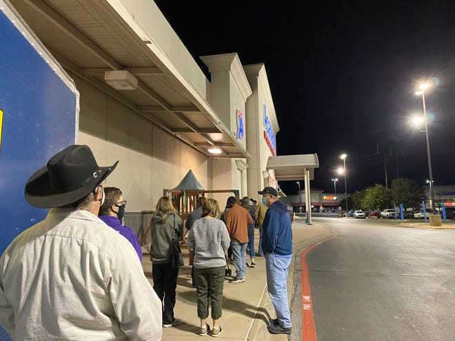 San Angelo shoppers stood in line outside Academy before 5 a.m. on Black Friday, Nov. 27, 2020.