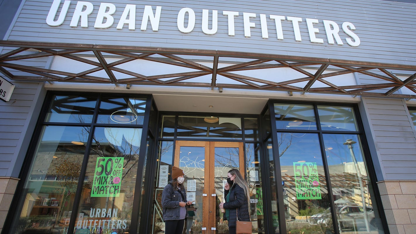 Amid COVID-19 pandemic, a very quiet Black Friday for Ventura County shoppers