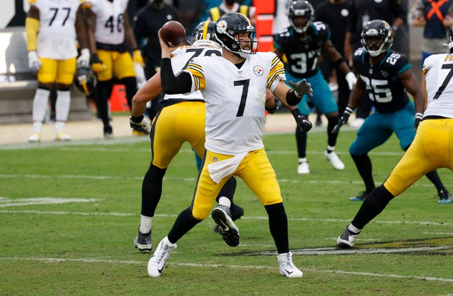 Quarterback Ben Roethlisberger (7) and the Pittsburgh Steelers will be looking to move to 11-0 when they host the Baltimore Ravens on Wednesday.