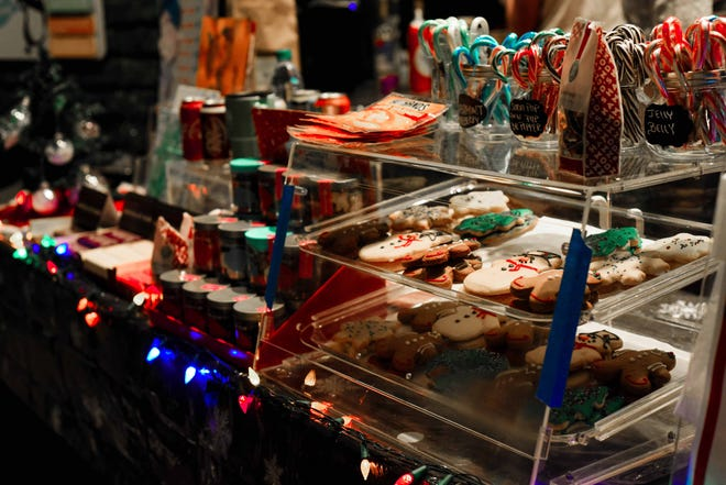 Visitors of the Pueblo Zoo's Electricritters can enjoy holiday treats at the Candy Cane Cafe.