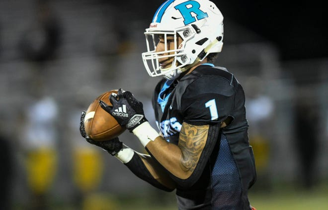 Rockledge receiver Rian Black catches a 75-yard pass to open the game against American Heritage Plantation last season.