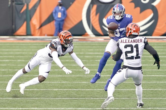New York Giants wide receiver Sterling Shepard (87) catches a pass during the first half of Sunday's game against the Cincinnati Bengals in Cincinnati.
