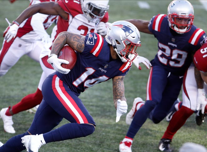 Foxboro, MA, Nov 29, 2020 - Donte Moncrief works his way down field for gains on a first quarter return for the Patriots. The New England Patriots vs. the Arizona Cardinals at Gillette Stadium on Sunday afternoon.  [The Providence Journal / Kris Craig]