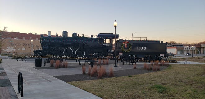 The Mercy Train and several Depot District merchants are decorated for the season. For the first three Thursdays in December, the Ardmore Main Street Authority will be offering free carriage rides so everyone can better take in the sights.