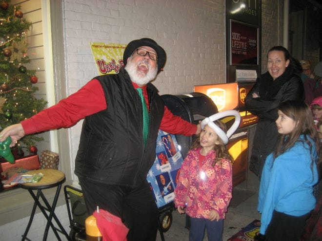 Greencastle's Heritage Christmas participants on Fridays, Dec. 4 and 11, will include Uncle Bean and his balloon creations.