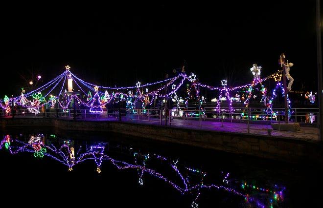 Festival de Iluminação de Natal no Santuário de La Salette em Attleboro.