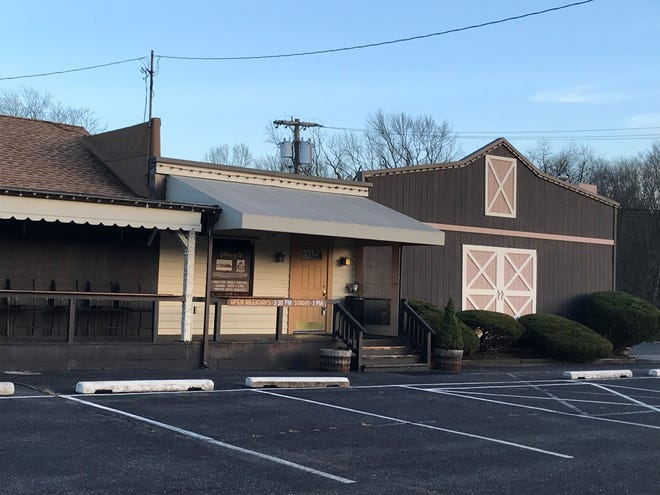 The Library II restaurant sits idle on Route 73 in Voorhees. Closed since March because of the coronavirus pandemic and strict statewide seating limitations for indoor dining,  the new owners plan to reopen in early 2021.