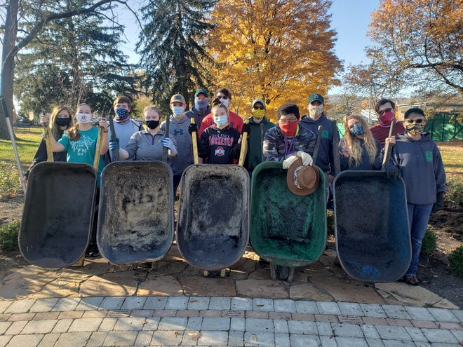 Students at Pickaway-Ross Career and Technology Center dedicated several hours one week to give back to the community. The students volunteered at food banks, the Chillicothe VA and other agencies across Ross County.
