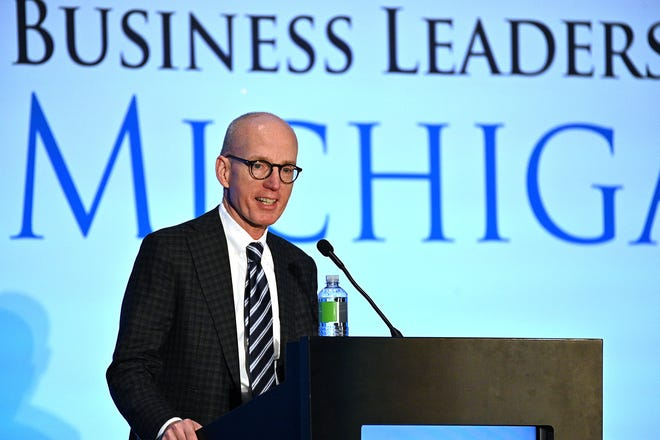 Doug Rothwell, presiden & CEO Pemimpin Bisnis Michigan. Rothwell adalah penerima penghargaan Detroit News Michiganian of the Year.