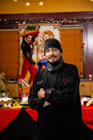 Chef Luis Garza dari El Asador Steakhouse di Detroit.