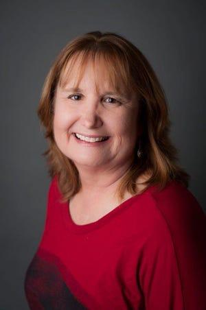 Dr. Elizabeth Bonanno