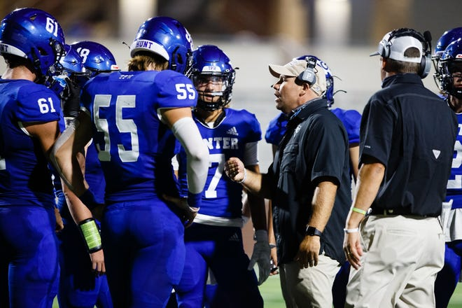 Gunter head coach Jake Fieszel and the Tigers go for a fifth straight region title as they face Eastland on Thursday night at Globe Life Park in Arlington.
