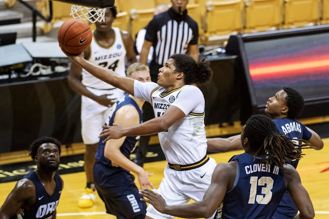 Missouri's Dru Smith drives to the basket during the Tigers' Nov. 25 home win over Oral Roberts.