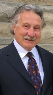 Rockford businessman Tony Artale died Friday from COVID-19 complications, according to his family.