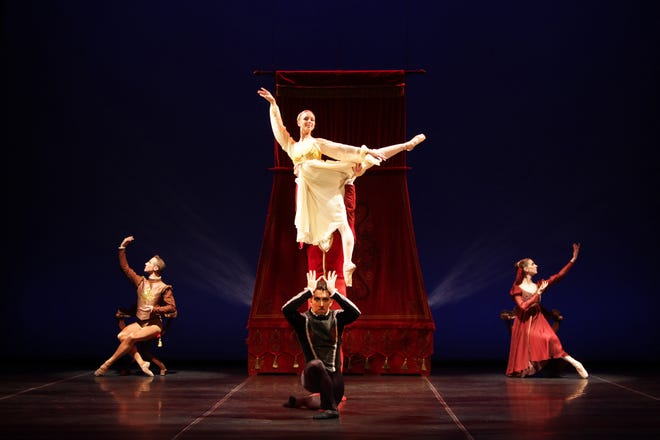 """A scene from an earlier Sarasota Ballet performance of Peter Darrell's """"Othello,"""" which will be part of the season's third digital program Jan. 1-5."""