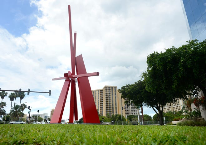 "John Henry's 70-foot sculpture on U.S. 41 and Gulfstream Avenue, ""Complexus,"" may move, at least temporarily, to the Sarasota Art Museum of Ringling College."