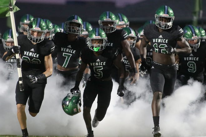The Venice High Indians will travel to Fort Lauderdale Friday to play St. Thomas Aquinas for the Class 7A-Region 4 football championship.