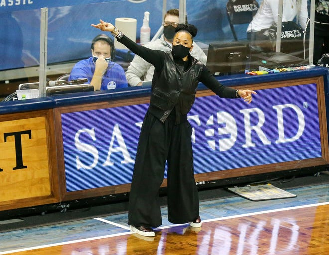 South Carolina head coach Dawn Staley yells at her team during the first half of an NCAA college basketball game against Gonzaga on Sunday, Nov. 29, 2020, in Sioux Falls, S.D.