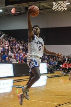 Junior guard Sean Jones returns to help lead Gahanna Lincoln after he was named first-team all-state and all-district last season. The Lions, who went 24-2 a year ago, believe they can contend for the Division I state championship.