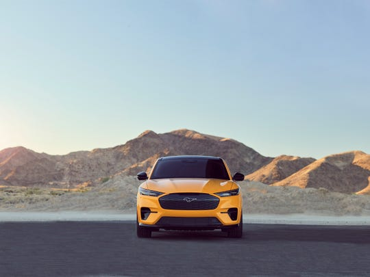 The all-electric Mustang Mach-E GT Performance Edition promises to accelerate to 0-60 km / h in 3.5 seconds.