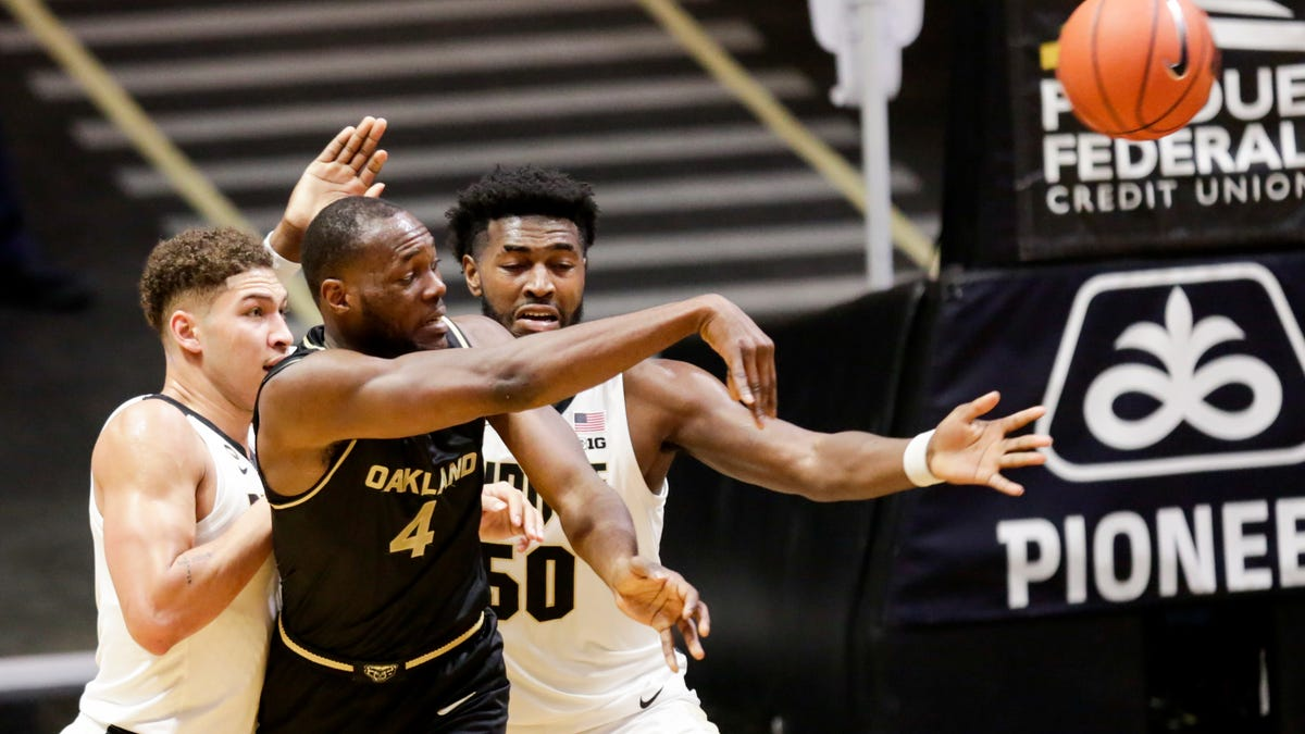 Tuesday`s college basketball: Purdue blows past Oakland