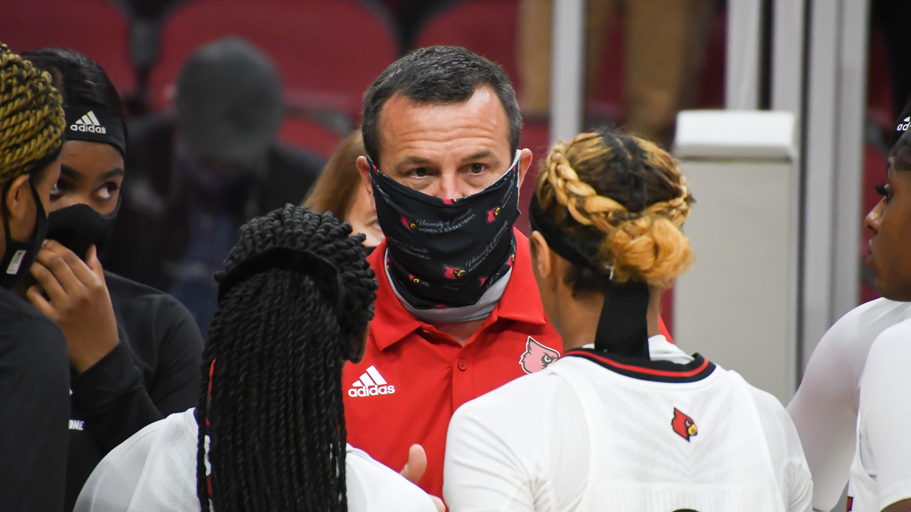 Louisville women's basketball team pauses team activities due to positive COVID-19 test