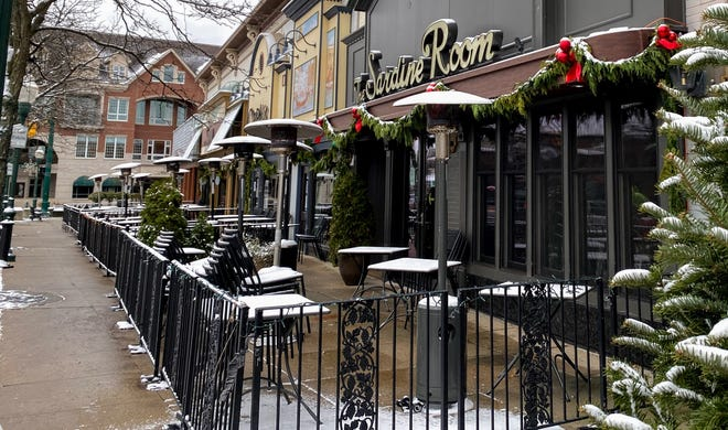 Outdoor patios in downtown Plymouth are now able to stay open through the month of December after the city commission voted to extend outdoor dining in the city.