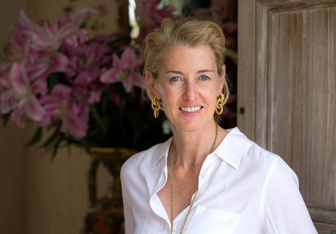 Betsy Shiverick is the new chairman ofthe Preservation Foundation of Palm Beach. She replaces Pauline Pitt.