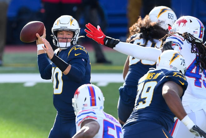 Los Angeles Chargers quarterback Justin Herbert threw for 316 yards in Sunday's 27-17 loss to the Buffalo Bills in Orchard Park, N.Y.