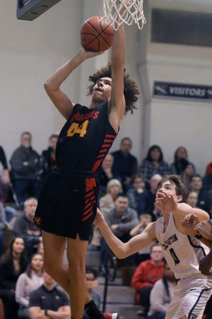 """Isaiah Hazelwood and Worthington Christian are expecting big things after reaching a Division III district final last season. According to coach Kevin Weakley, the Warriors are working to develop their team chemistry and """"trust in one another."""""""