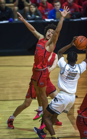 Senior point guard Jalen Sullinger and the Thomas boys basketball team ended last season by capturing the program's first district title since 2001. The Cardinals didn't get a chance to play in the regional tournament because of the COVID-19 coronavirus pandemic.