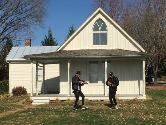 The Brazillian 2wins will be performing at the American Gothic House as part of the Iowa Department of Cultural Affair's 2020 virtual arts gala on Dec. 11.