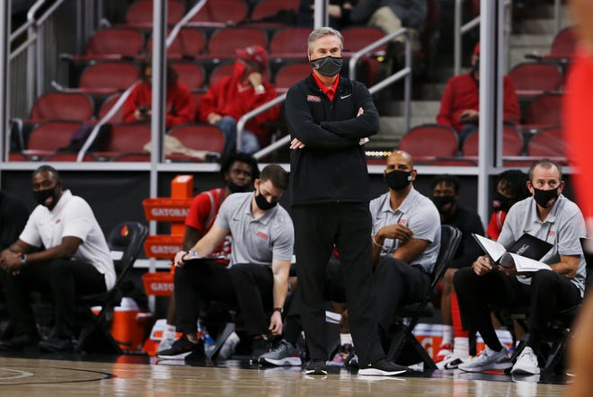 Western Kentucky head coach Rick Stansbury watched as the game began to slip away against Louisville at the KFC Yum! Center in Louisville, Ky. on Dec. 1, 2020.