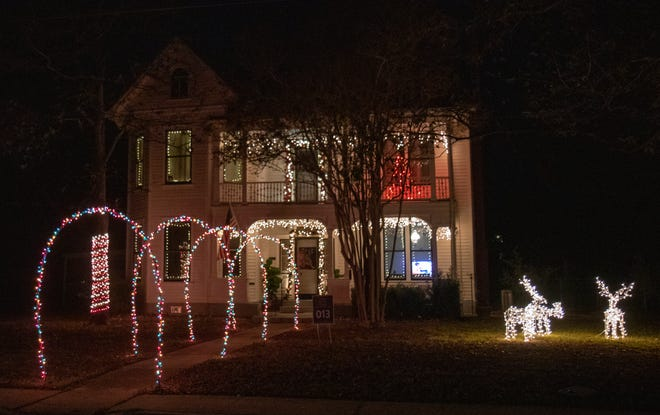 Both businesses and residential homes in Bastrop are decorated with lights and other festive holiday decor for the Making Bastrop Bright lighted holiday decorating contest. [CONTRIBUTED BY COLIN GUERRA]