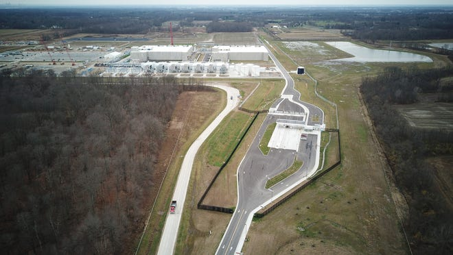 Google has a $600 million data center in New Albany and plans to invest another $1 billion in the area. It also will buy more than 600 acres in Columbus and Lancaster as potential future data center sites.