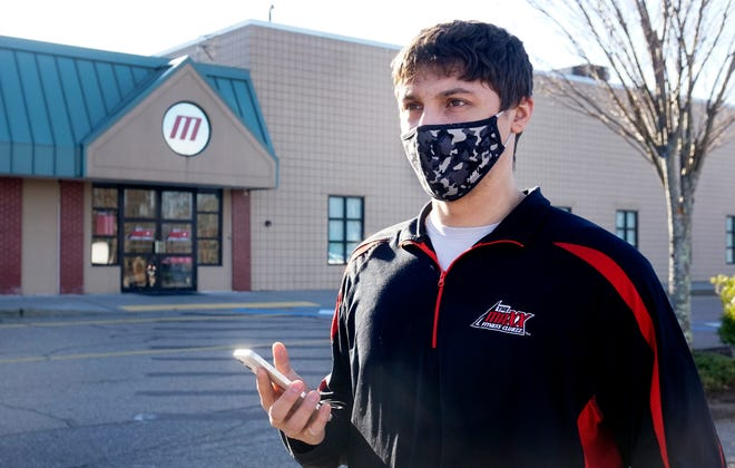 Stephen Couture, manager of the Maxx Fitness Clubzz, outside the Lincoln location.
