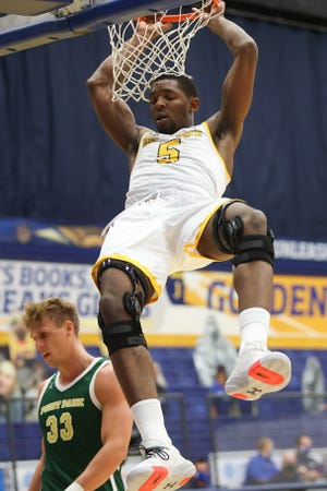 Senior forward Danny Pippen scored 23 points to lead Kent State past host Detroit Mercy Tuesday night.