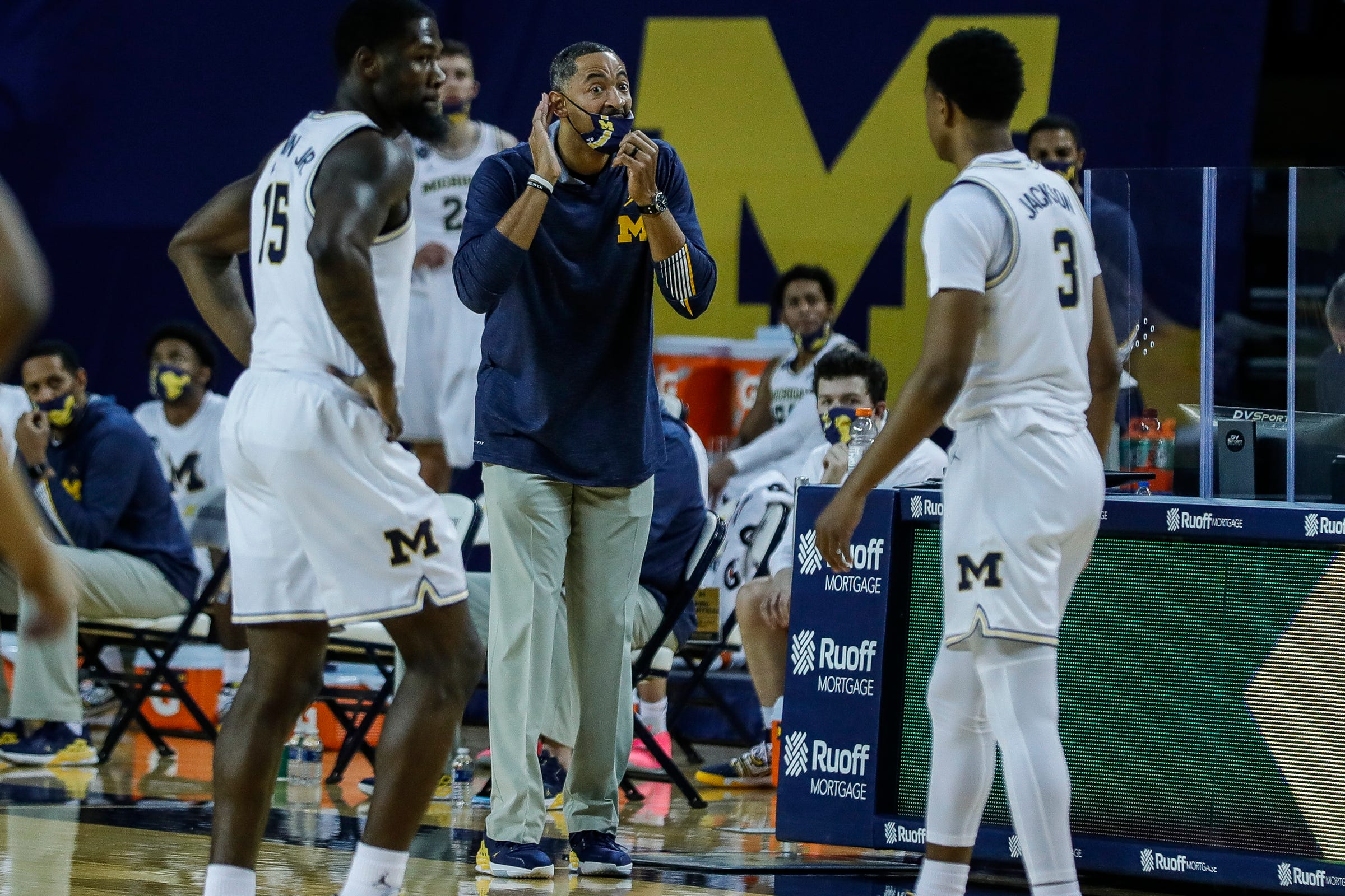 Michigan's Juwan Howard happy to empty bench: We will need everyone on roster