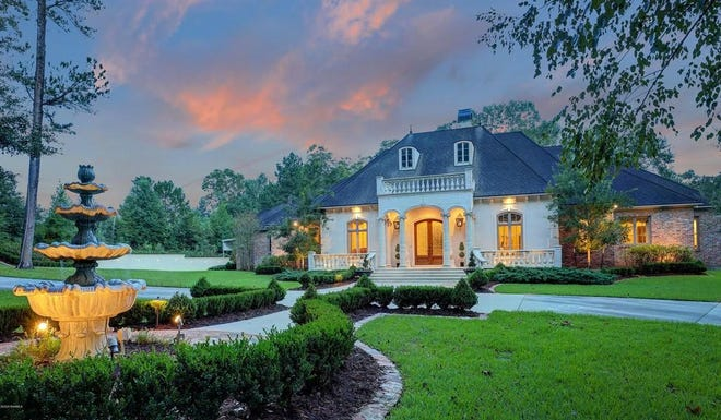 Located at 193 Doctor Charlie Drive, the five bedroom, six bathroom mansion is on the market for$1,749,999.  Opulent Opelousas mansion has lavish grounds with a covered pool and6,520 square feet of deluxe features like imported crystal chandeliers, pecan flooring.