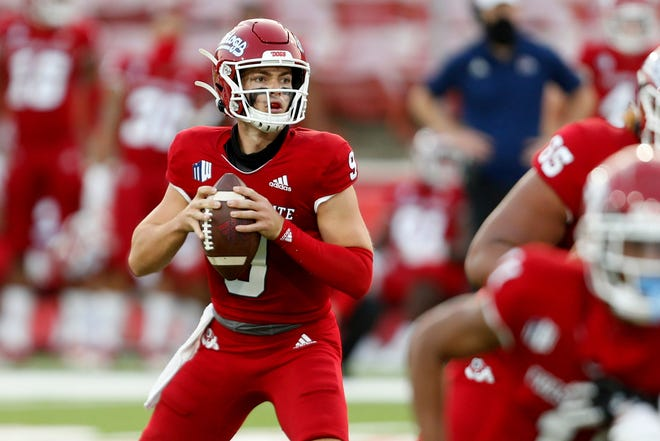 Oct 24, 2020; Fresno, California, USA; Fresno State Bulldogs quarterback Jake Haener (9) attempts to throw the ball during the second quarter in a game between the Fresno State Bulldogs and Hawaii Rainbow Warriors at Bulldog Stadium. Mandatory Credit: Kiel Maddox-USA TODAY Sports