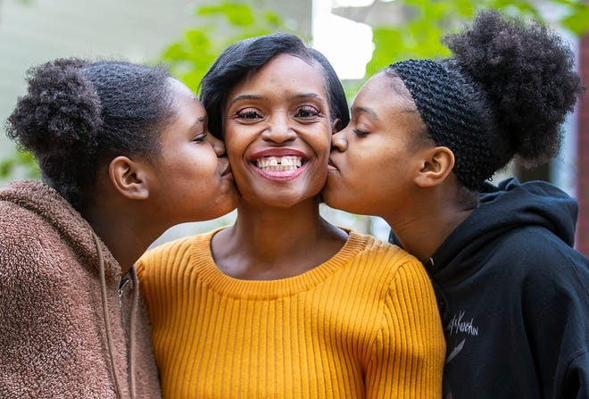 LaChantia Anderson and her daughters Aishiah, 14, and Azyria, 16, are trying to start over after being homeless on and off for the last four years. Anderson is getting help through Austin Community College to get a degree in computer coding.