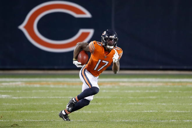 Chicago Bears wide receiver Anthony Miller (17) runs upfield against the Minnesota Vikings during the second half of last Monday night's game, in Chicago. (AP Photo/Kamil Krzaczynski)