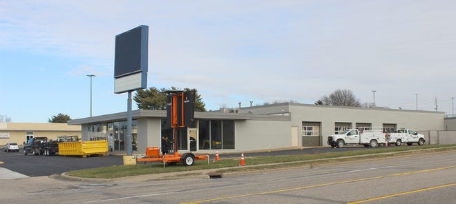 Site of the future Blessing Express Clinic on Broadway in the old Sears automotive service building in Quincy.