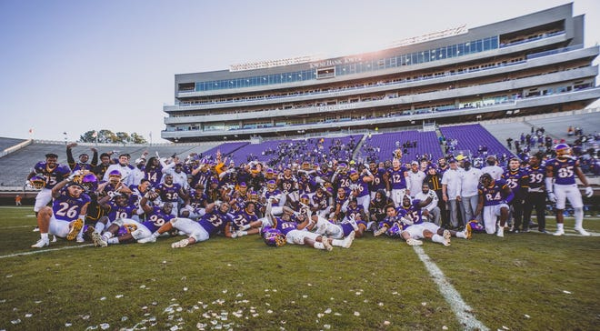 East Carolina football celebrates after finishing its season with a win against SMU. (Courtesy of ECU athletics)